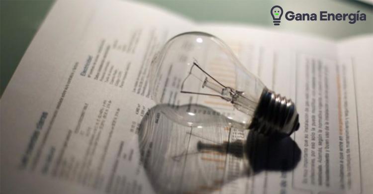 El recibo de la luz cierra el primer trimestre con una subida del 21%